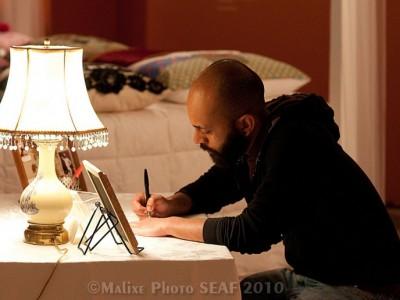 writing-love-note-man-778x5161